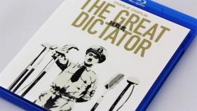 『独裁者』blu-rayパッケージ表面